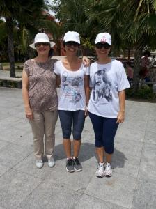 A Maria Tereza Leite trouxe as filhas Maria Emília Schetinni e Ana Carolina Leite para aprenderem a pedalar