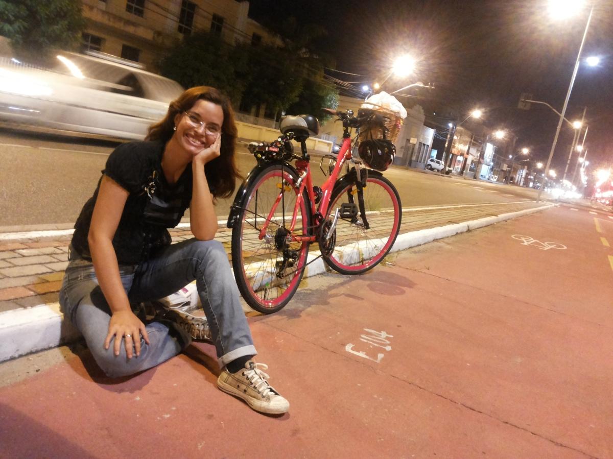Look de Bike – Calça jeans e bolero preto