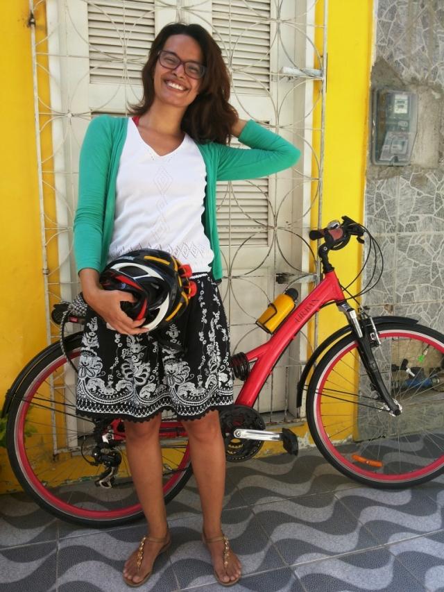 Look casaco verde saia Blog de Bike na Cidade Sheryda Lopes by Francisco Barbosa (3)