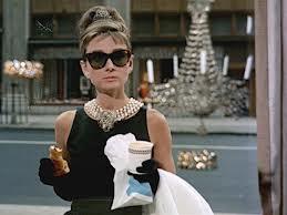 óculos Audrey Hepburn De Bike na Cidade Sheryda Lopes