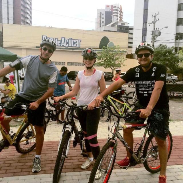 Leitores que pedalam Maykel Bruno De Bike na Cidade Sheryda Lopes