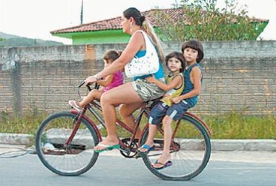 ciclista-em-biguacu pedalinas De Bike na Cidade