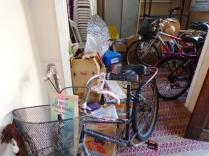 A casa ficou lindona, cheia de bikes :)