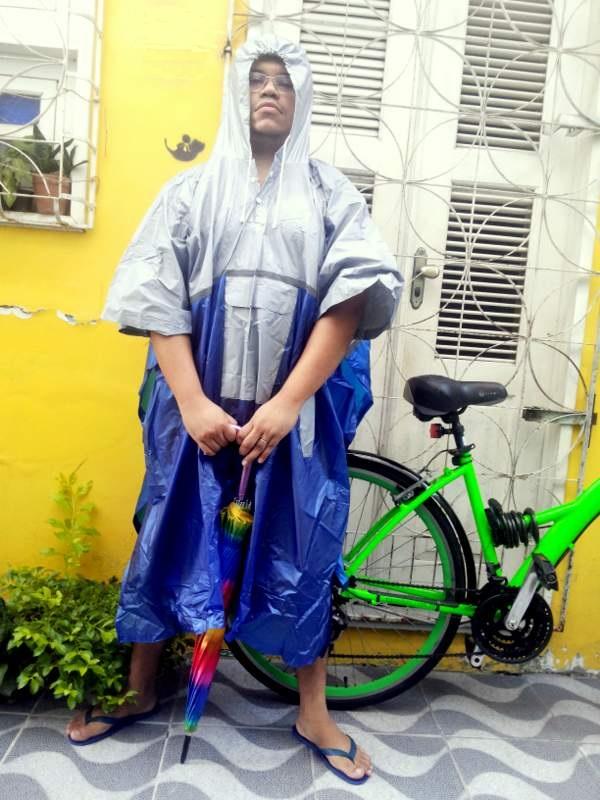 Look Cycle Chic Capa para pedalar marido Potô Francisco Barbosa Sheryda  Lopes De Bike na Cidade ... 73370fdee9