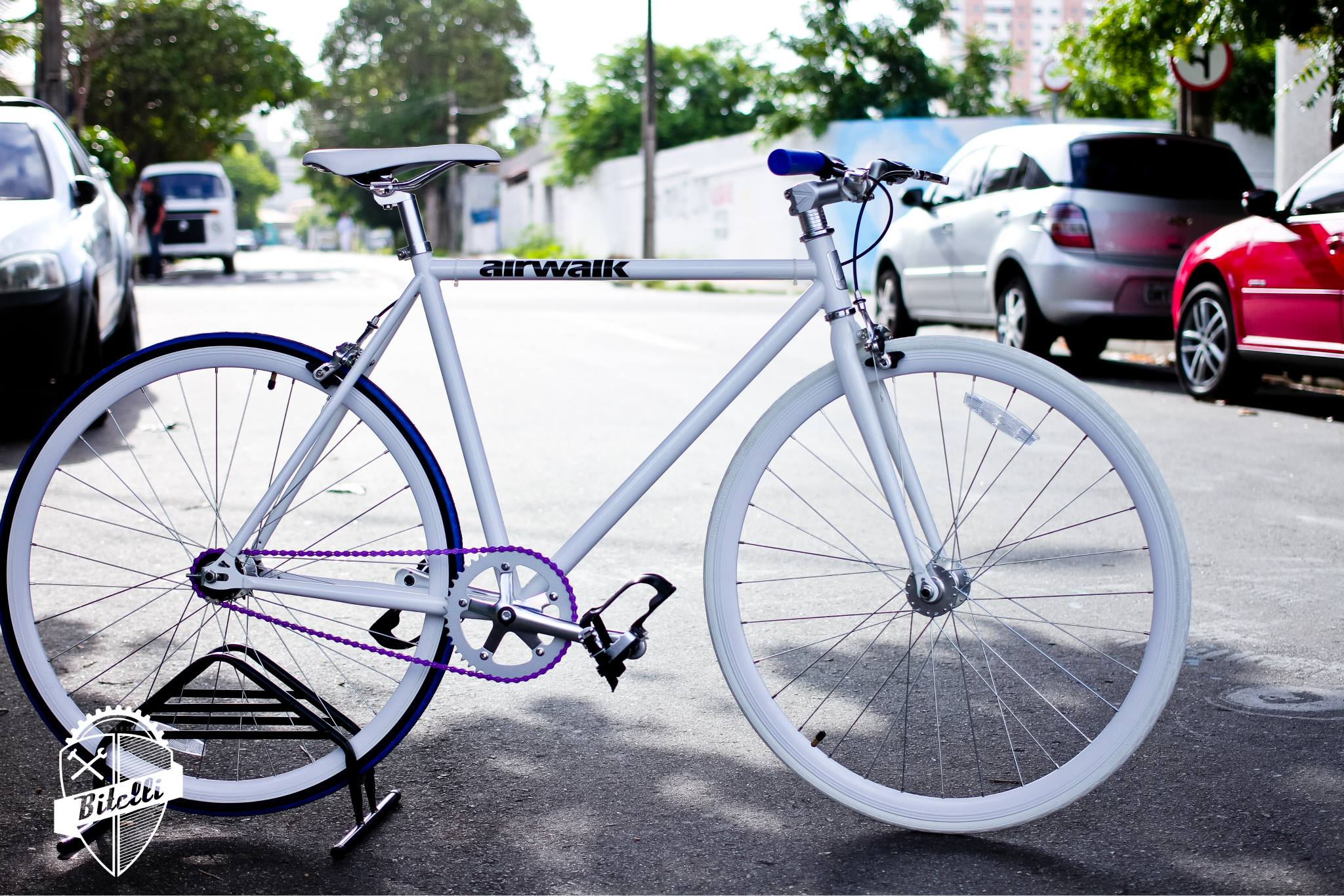 onde comprar bike fixa   De bike na cidade bda0c6991b