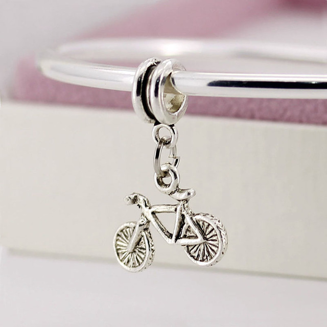 http://pt.aliexpress.com/item/Free-Shipping-925-Sterling-Silver-DIY-Beads-Charms-Bicycle-Bead-Pendant-Fit-Bracelets-Bangles-Jewelry-YW15168/32329649849.html?spm=2114.42010208.4.50.B7IoJb